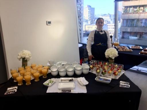 Desayuno para los nuevos ingresos en Falabella